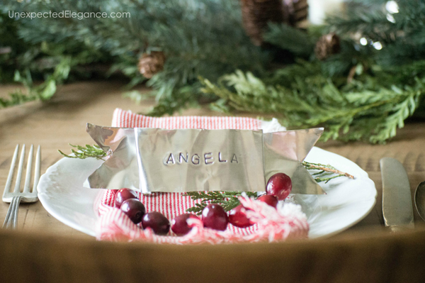Simple Christmas Table-1-10 copy
