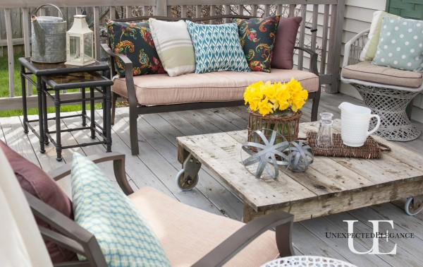 Deck Seating at Unexpected Elegnace (1 of 1)