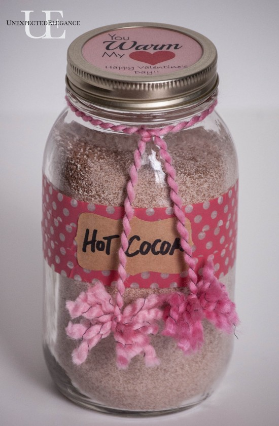 Hot Cocoa and FREE Printable...a perfect Valentine's gift for a friend or teacher!