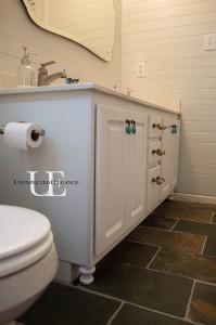 How to Transform a Builder Grade Bathroom Vanity for LESS