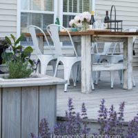 EASY DIY Outdoor Table-1-16.jpg