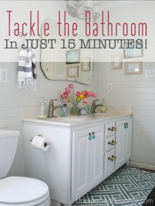HOUSE GUEST SEASON | Tackle the Bathroom in JUST 15 minutes!