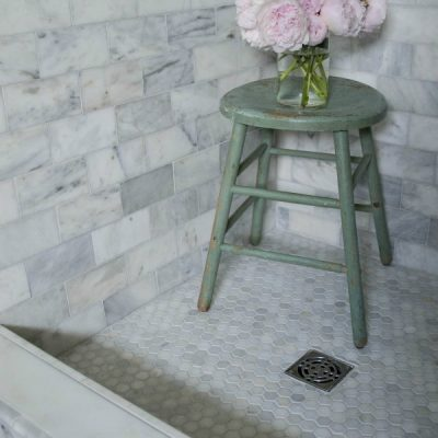4 INEXPENSIVE Tricks to Give Your Tiled Shower A Custom Look