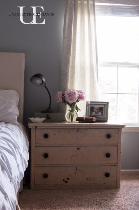 Vintage Bedside table via Unexpected Elegance