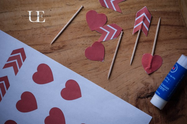 Mini Heart Cakes with FREE Arrow Printable Download