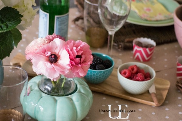 Spring Dining Room Tablescape-1-17