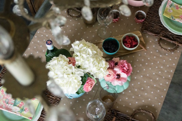 Spring Dining Room Tablescape-1-6