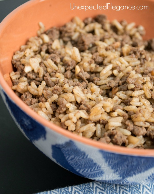 Need a quick side dish or meal? This 20 minute Cajun Dirty Rice recipe is a delicious and easy option for both!!