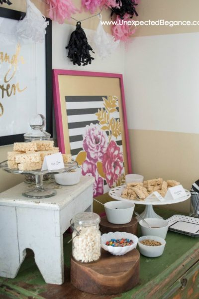 Easy Entertaining |  A Fun TREAT BAR