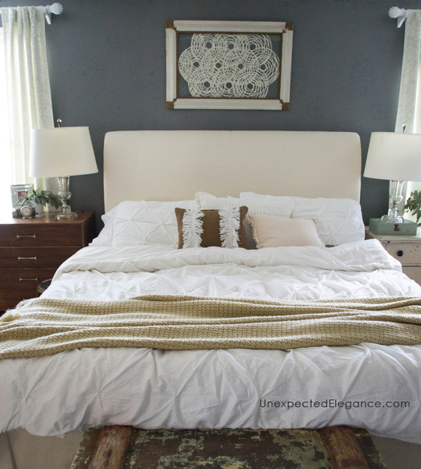 Have you ever stayed in a really nice hotel or seen pictures in a magazine of a bedroom and thought I could live in that bed?! The bed is the foundation of any bedroom and although we want it look pretty, in this case, form should follow function. Here are two tips to create your perfect bed...