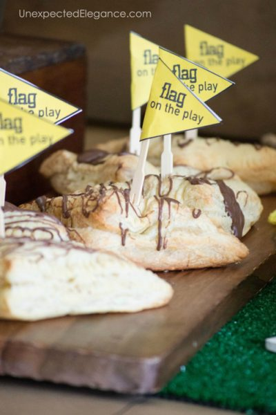 SIMPLE Ideas for a FUN Super Bowl Party | Decor, Food & Games