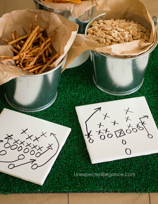 The BIG game is just around the corner! Get some fun ideas for making inexpensive Super Bowl decor.