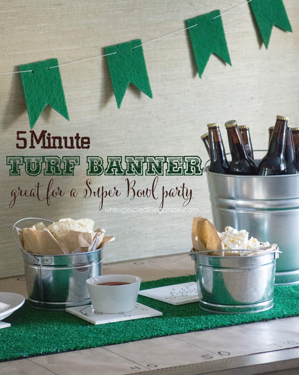 Are you hosting a Super Bowl party? Make this simple and quick turf banner to hang above the food or over the doorway. You're guest will never know how easy it was!