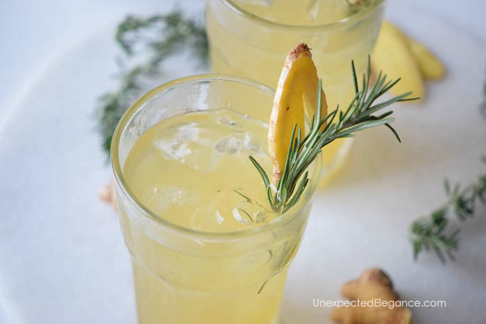 This Ginger Beertail recipe is delicious and refreshing! A great party drink option.