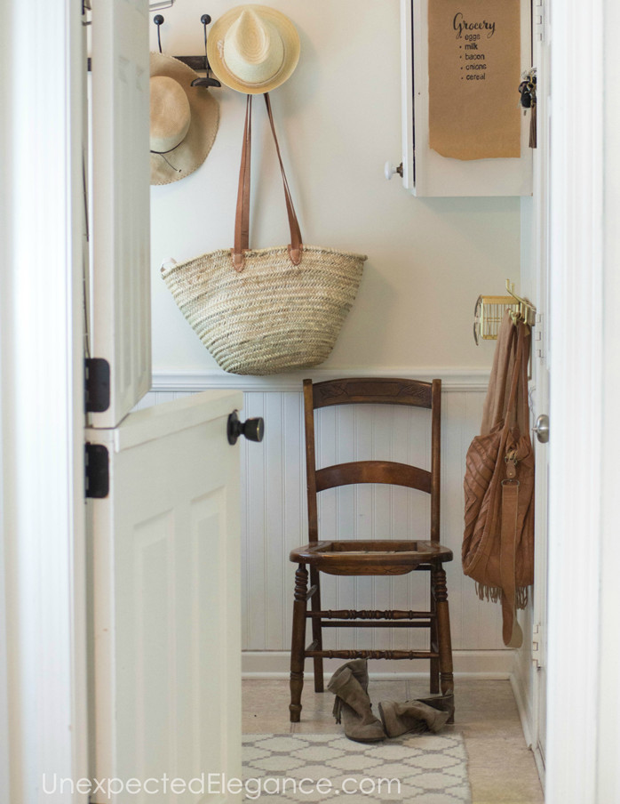 mudroom-easy-organization-1-b copy