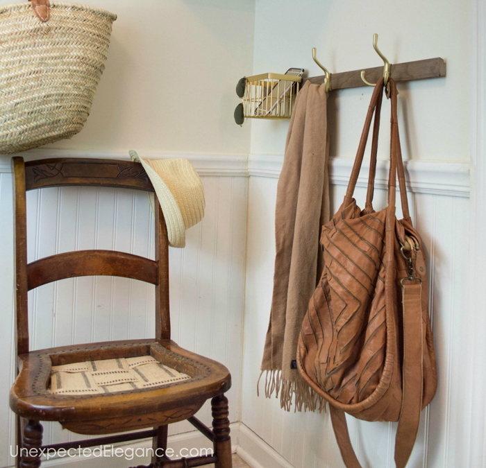 mudroom-easy-organization-1-h copy