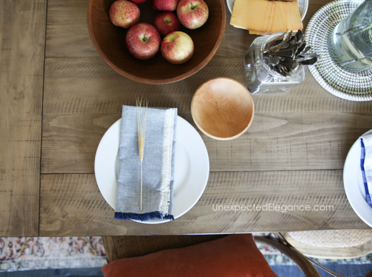 fall-homeChances are you'll be hosting a number of dinners throughout the fall season. Here are some inexpensive ways to decorate your fall dining room without breaking the bank!