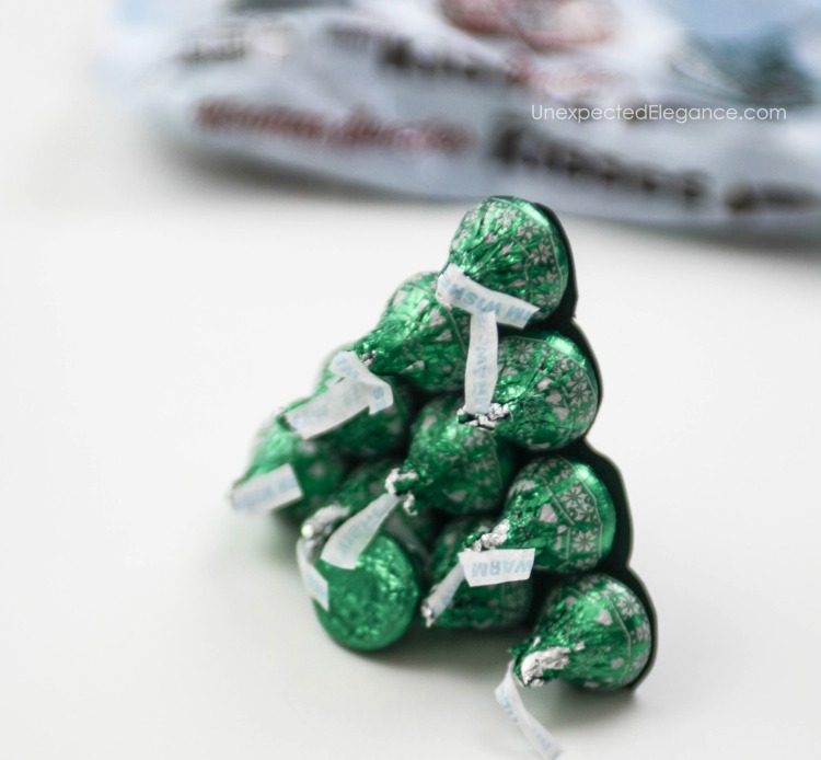hershey-kiss-tree-for-kids-table-5