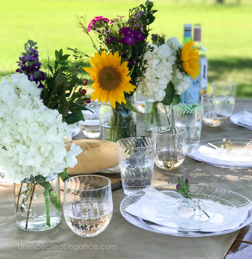 Dinner party ideas for hosting outdoors