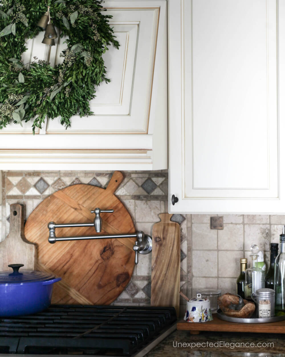 Simple holiday decor touches.