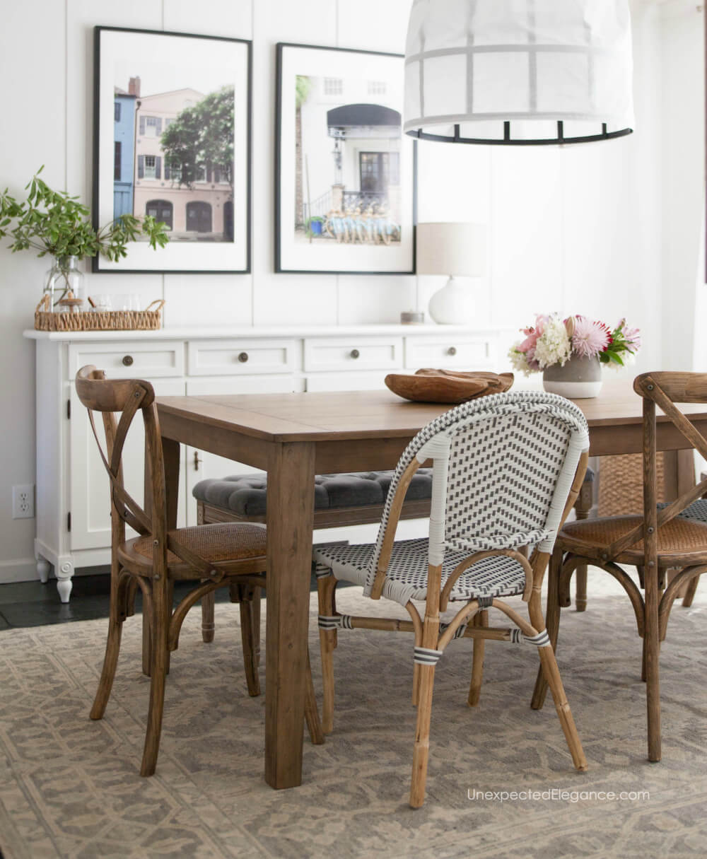 Casual and elegant farmhouse style dining room makeover. Get all the details!