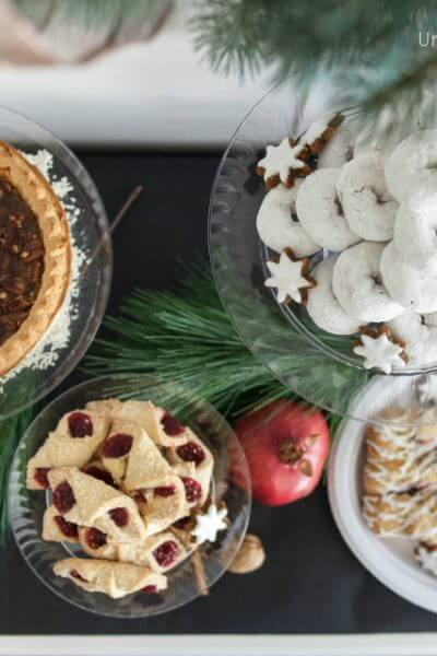 EASY Holiday Dessert Bar