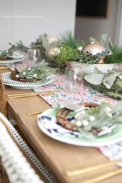 Holiday Tablescape using Non-Traditional Colors