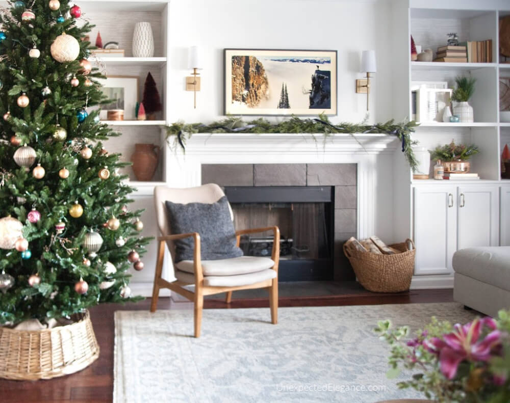 Present Past Christmas Home Tours Unexpected Elegance